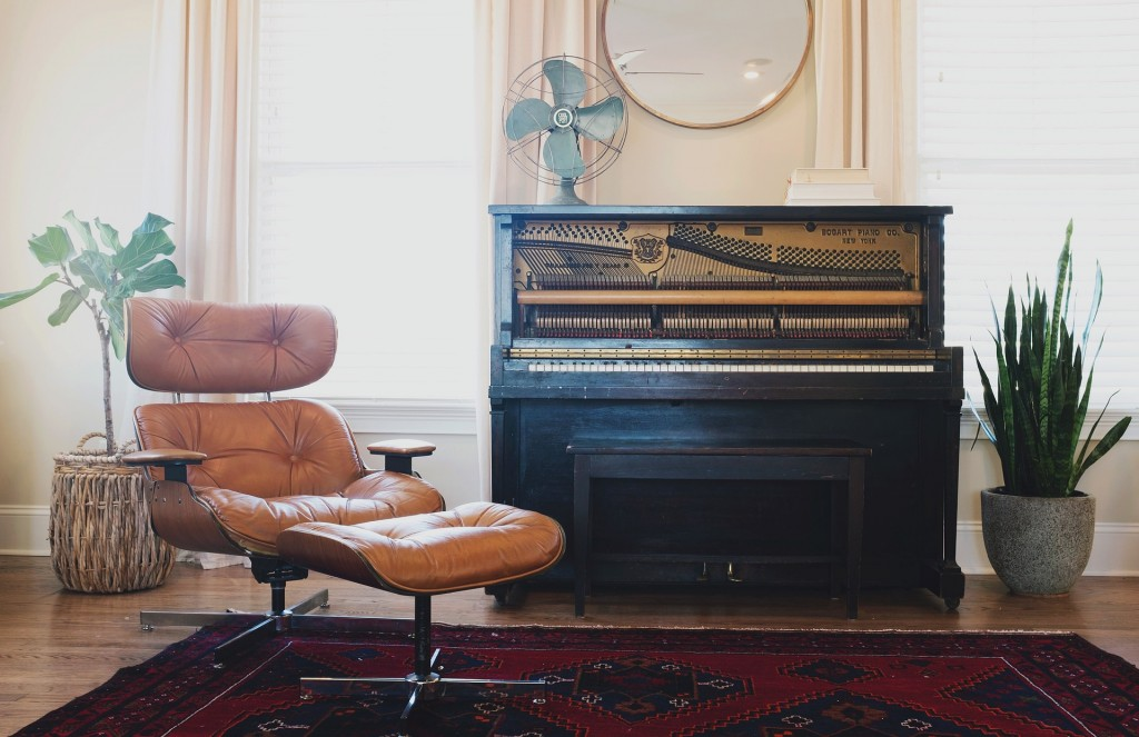 Make sure your mover has to correct equipment for the job, especially if you're moving something large like a piano.